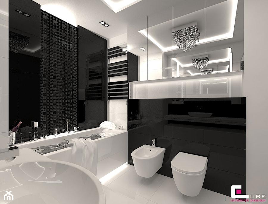 Mieszkanie w Trójmieście - Średnia biała czarna łazienka na poddaszu w bloku w domu jednorodzinnym bez okna, styl glamour - zdjęcie od CUBE Interior Design