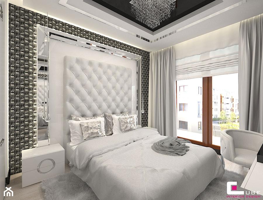 Mieszkanie w Trójmieście - Średnia biała szara sypialnia małżeńska, styl glamour - zdjęcie od CUBE Interior Design
