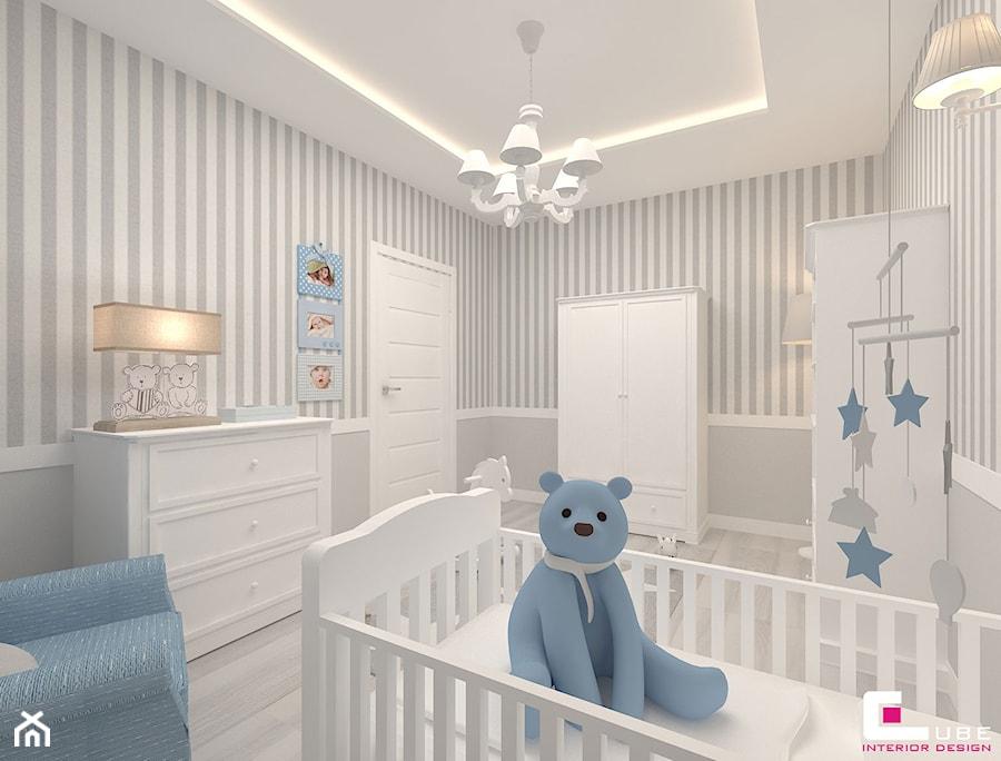 Aranżacje wnętrz - Pokój dziecka: Mieszkanie 70 m2 w Warszawie - Średni biały szary pokój dziecka dla chłopca dla dziewczynki dla niemowlaka, styl klasyczny - CUBE Interior Design. Przeglądaj, dodawaj i zapisuj najlepsze zdjęcia, pomysły i inspiracje designerskie. W bazie mamy już prawie milion fotografii!