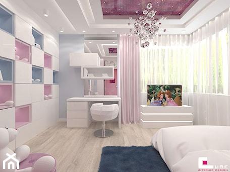 Aranżacje wnętrz - Pokój dziecka: Projekt wnętrz domu w Wołominie - Średni biały szary pokój dziecka dla dziewczynki dla ucznia dla na ... - CUBE Interior Design. Przeglądaj, dodawaj i zapisuj najlepsze zdjęcia, pomysły i inspiracje designerskie. W bazie mamy już prawie milion fotografii!