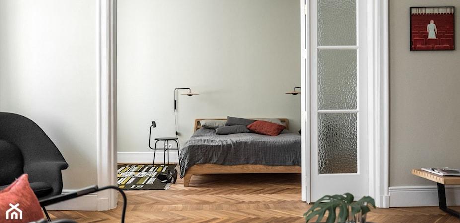 Sypialnia bez okna – jak funkcjonalnie urządzić nietypowe wnętrze?