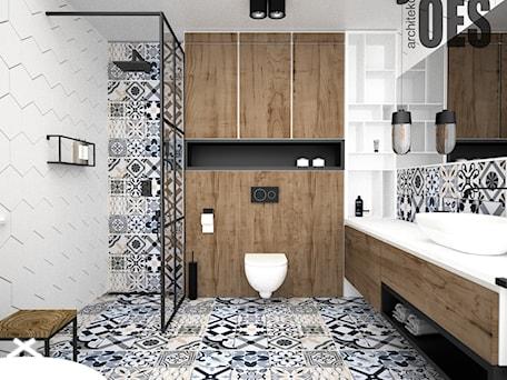 Aranżacje wnętrz - Łazienka: Drewno w łazience - Łazienka, styl nowoczesny - OES architekci. Przeglądaj, dodawaj i zapisuj najlepsze zdjęcia, pomysły i inspiracje designerskie. W bazie mamy już prawie milion fotografii!