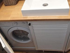 Mieszkanie hand made :) - Szara łazienka, styl klasyczny - zdjęcie od karolina0606