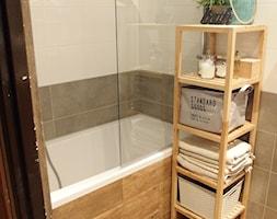 Mieszkanie hand made :) - Mała beżowa szara łazienka, styl klasyczny - zdjęcie od karolina0606