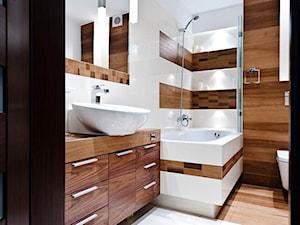łazienka z drewnem realizacja - Średnia beżowa brązowa łazienka, styl nowoczesny - zdjęcie od All Design Agnieszka Lorenc