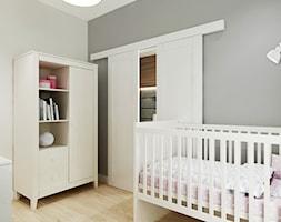 Mieszkanie w Bydgoszczy - Średni szary pokój dziecka dla chłopca dla dziewczynki dla niemowlaka, styl nowoczesny - zdjęcie od All Design Agnieszka Lorenc