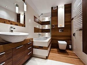 łazienka z drewnem realizacja - Średnia beżowa brązowa łazienka w bloku bez okna, styl nowoczesny - zdjęcie od All Design Agnieszka Lorenc