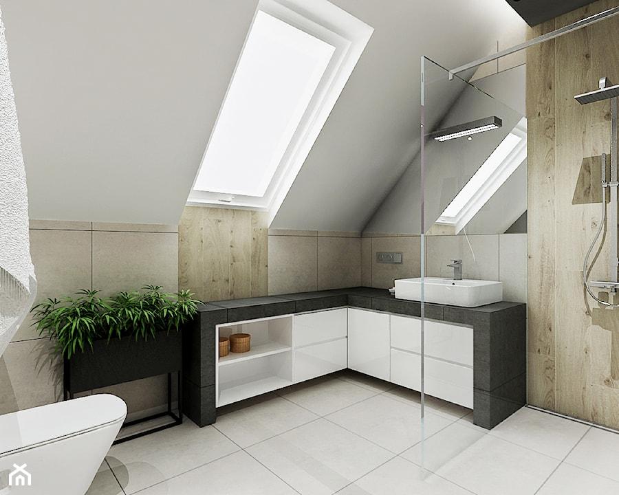 Łazienka ze skosami - Duża łazienka na poddaszu w domu ...