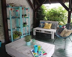 #meblezpalet - Średni taras z przodu domu z tyłu domu - zdjęcie od Agnieszka Kijowska