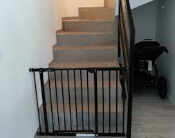 Mikrocement+na+schodach+zabiegowych+-+zdj%C4%99cie+od+Twojasciana.com.pl+-+zaopiekujemy+si%C4%99+twoj%C4%85+%C5%9Bciana!