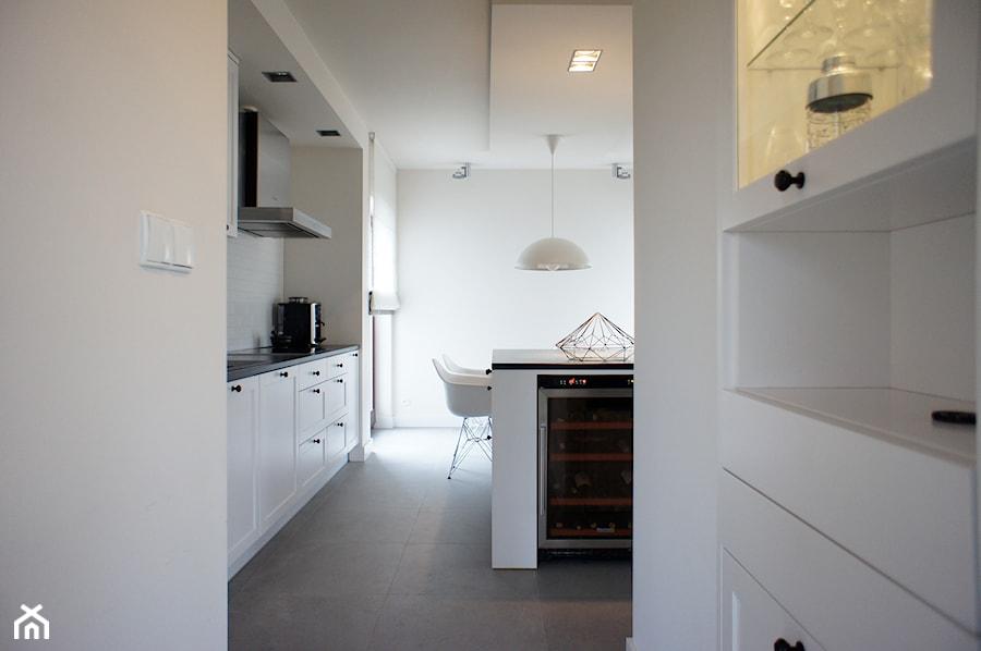 Dom pod Poznaniem - projekt wnętrz - Duża otwarta kuchnia z wyspą, styl skandynawski - zdjęcie od Sasiak-Sobusiak Pracownia Projektowa