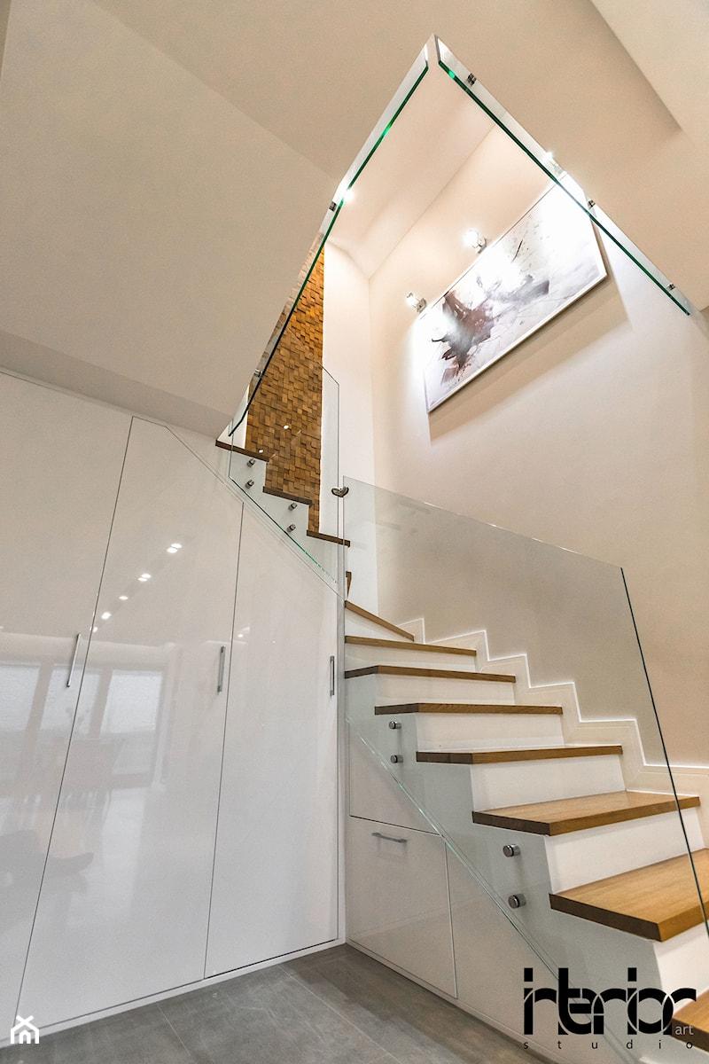Realizacja domu jednorodzinnego w Lublinie - Schody, styl nowoczesny - zdjęcie od interior art studio