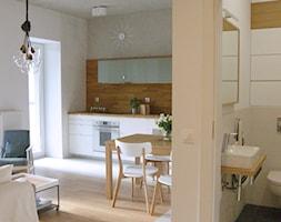Poloneza 36m2 - Mały biały salon z kuchnią z jadalnią, styl nowoczesny - zdjęcie od ESTU architektura wnętrz - Homebook