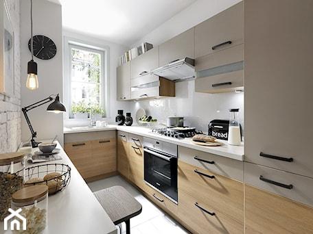 Aranżacje wnętrz - Kuchnia: Kuchnia Semi Line - Black Red White. Przeglądaj, dodawaj i zapisuj najlepsze zdjęcia, pomysły i inspiracje designerskie. W bazie mamy już prawie milion fotografii!