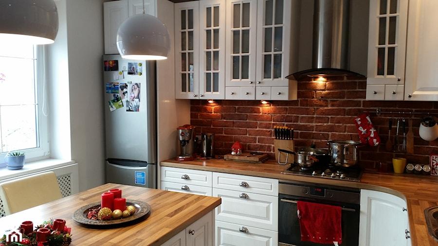 po remoncie kuchnia bielona debowa metamorfoza  zdjęcie   -> Kuchnia Z Cegly