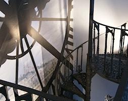 Apartament 2 poziomowy Wrocław - Średnie wąskie schody kręcone metalowe, styl art deco - zdjęcie od manufakturaklimatu