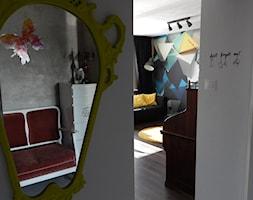 Latające czworościany - Hol / przedpokój, styl eklektyczny - zdjęcie od Agata Łysiak PIĘTRO - Homebook