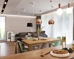 apartament nad Wisłą w Krakowie - Średnia otwarta biała jadalnia w salonie, styl skandynawski - zdjęcie od MaNaZa