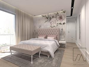 DOM POZNAŃ // NOWOCZESNE GLAMOUR - Średnia biała sypialnia małżeńska, styl glamour - zdjęcie od SZTYBLEWICZ_architekci