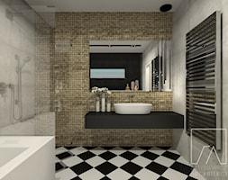 Dom // Skierniewice // - Średnia biała żółta łazienka na poddaszu w bloku w domu jednorodzinnym bez okna, styl nowoczesny - zdjęcie od SZTYBLEWICZ_architekci