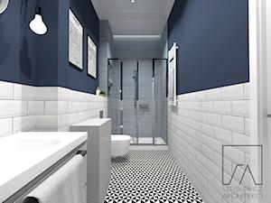 MIESZKANIA LOFT / WERSJA 1 - Średnia niebieska łazienka w bloku w domu jednorodzinnym bez okna, styl industrialny - zdjęcie od SZTYBLEWICZ_architekci