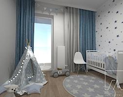 POKOIK DZIECKA // POZNAŃ MALTA - Mały szary pokój dziecka dla chłopca dla dziewczynki dla niemowlaka, styl skandynawski - zdjęcie od SZTYBLEWICZ_architekci