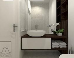 DOM // PNIEWY - Mała szara łazienka w bloku w domu jednorodzinnym bez okna, styl nowoczesny - zdjęcie od SZTYBLEWICZ_architekci - Homebook