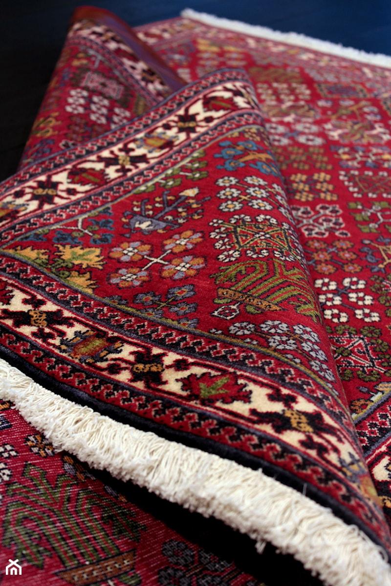 Tradycyjny Dywan Perski Mimehmeymeh Zdjęcie Od Sarmatia