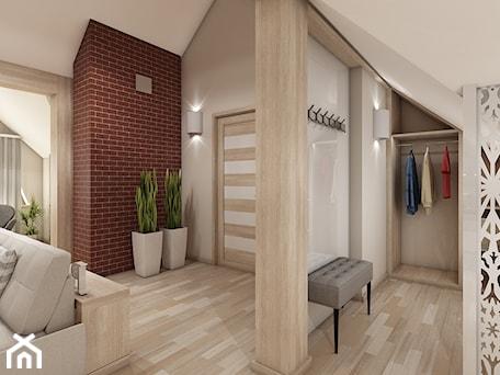 Aranżacje wnętrz - Garderoba: W klasycznym stylu - Marengo Architektura Wnętrz Anna Knofliczek-Roman. Przeglądaj, dodawaj i zapisuj najlepsze zdjęcia, pomysły i inspiracje designerskie. W bazie mamy już prawie milion fotografii!