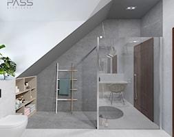 projekt 33 - Duża biała łazienka na poddaszu w bloku w domu jednorodzinnym jako salon kąpielowy z oknem, styl nowoczesny - zdjęcie od PASS architekci