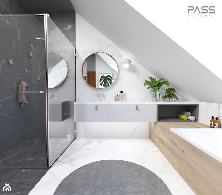 projekt 33 - Duża biała czarna łazienka na poddaszu w domu jednorodzinnym z oknem, styl skandynawski - zdjęcie od PASS architekci