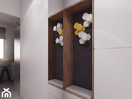Aranżacje wnętrz - Hol / Przedpokój: projekt 10 - Średni biały hol / przedpokój, styl nowoczesny - PASS architekci. Przeglądaj, dodawaj i zapisuj najlepsze zdjęcia, pomysły i inspiracje designerskie. W bazie mamy już prawie milion fotografii!