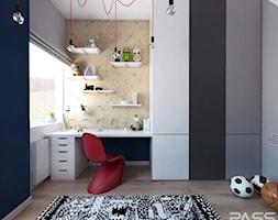 Projekt 30 - Mały biały niebieski pokój dziecka dla chłopca dla dziewczynki dla ucznia dla malucha dla nastolatka, styl skandynawski - zdjęcie od PASS architekci
