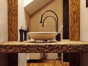 dom za Bydgoszczą - Mała szara łazienka na poddaszu w domu jednorodzinnym bez okna, styl kolonialny - zdjęcie od pracowania projektowa Danieli Czachowskiej