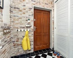 Stylizacja i fotografia wnętrz - Mały beżowy hol / przedpokój, styl skandynawski - zdjęcie od AnEd Design - stylizacja wnętrz/home staging/fotografia wnętrz