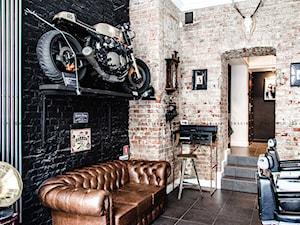 Barberian Academy & Barber Shop - zdjęcie od InMAGINE - Autorska Pracownia Projektowa, Warszawa