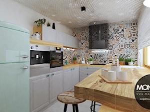 Średnia zamknięta kolorowa kuchnia w kształcie litery u, styl skandynawski - zdjęcie od Monostudio Wnętrza