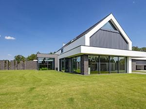 Pomysły na elewację – z czego wykonać efektowną fasadę domu i nie tylko? Przegląd inspiracji