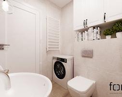 ŁAZIENKA CYSTERSÓW - Mała beżowa łazienka na poddaszu w bloku w domu jednorodzinnym bez okna, styl eklektyczny - zdjęcie od FORMA - Pracownia Architektury Wnętrz i Krajobrazu