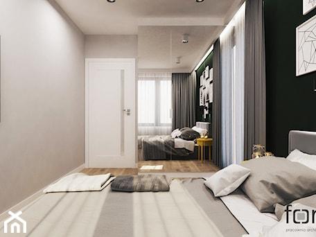 Aranżacje wnętrz - Sypialnia: SYPIALNIA ZALESIE - Średnia szara czarna sypialnia małżeńska, styl eklektyczny - FORMA - Pracownia Architektury Wnętrz. Przeglądaj, dodawaj i zapisuj najlepsze zdjęcia, pomysły i inspiracje designerskie. W bazie mamy już prawie milion fotografii!