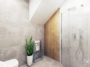 ŁAZIENKA 2 ZABIERZÓW - Średnia biała szara łazienka na poddaszu bez okna, styl nowojorski - zdjęcie od FORMA - Pracownia Architektury Wnętrz i Krajobrazu