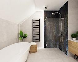 ŁAZIENKA ZELKÓW - Duża łazienka na poddaszu w domu jednorodzinnym bez okna, styl nowoczesny - zdjęcie od FORMA - Pracownia Architektury Wnętrz i Krajobrazu