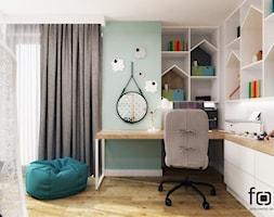 POKÓJ LENKI - Mały biały zielony pokój dziecka dla chłopca dla dziewczynki dla ucznia dla malucha dla nastolatka, styl skandynawski - zdjęcie od FORMA - Pracownia Architektury Wnętrz i Krajobrazu