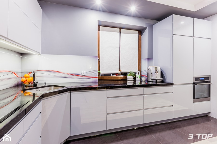 Zabudowa meblowa kuchni  zdjęcie od 3TOP Meble -> Mala Kuchnia Z Narożnym Zlewem