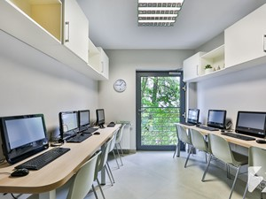 Meble biurowe na wymiar do OSK Efekt w Lublinie