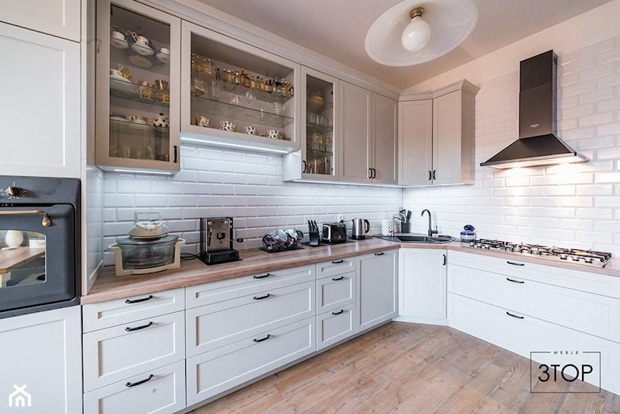 Kuchnia Na Wymiar W Stylu Angielskim Zdjecie Od 3top Kuchnie