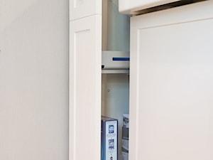 Meble na wymiar do kuchni w apartamencie w Warszawie