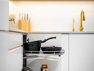 Nowoczesna i stylowa kuchnia na wymiar w bieli