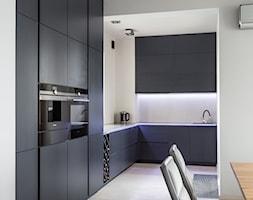 Mała kuchnia na wymiar od 3TOP Meble - zdjęcie od 3TOP KUCHNIE