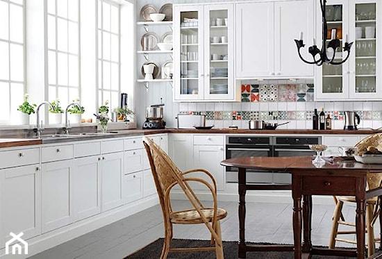Jak urządzić kuchnię w stylu skandynawskim?  Ideabook   -> Kuchnia Z Ikei Czy Od Stolarza